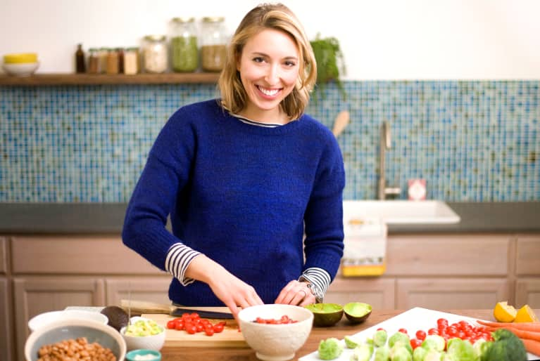 3 Food Hacks This Registered Dietitian Uses To Eat Healthy All Week