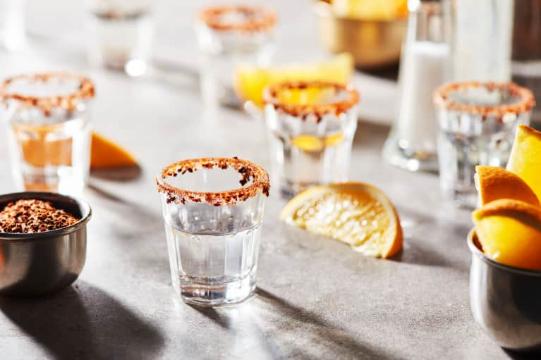 Gone Low-Carb? Keep The Happy Hour With These Drinks