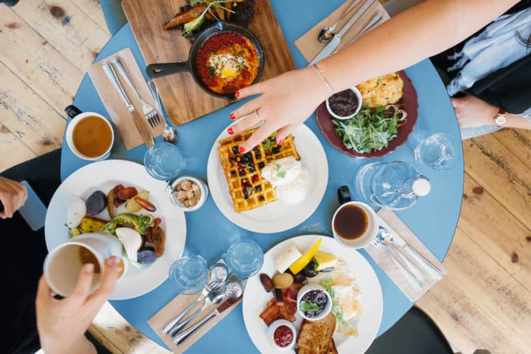 The Hormones That Make You Hungry & Full + How To Control Them