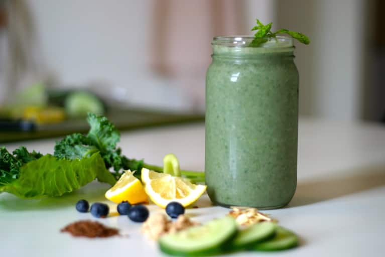 7 Tips To Make A Smoothie That Doesn't Have A Ton Of Sugar
