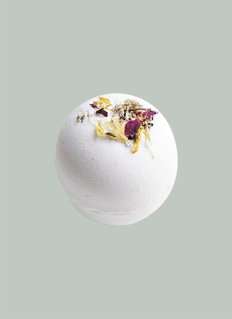 Among the Flowers bath bomb
