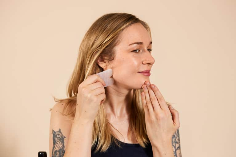 This Short Video Tutorial Explains Exactly How To Do Gua Sha
