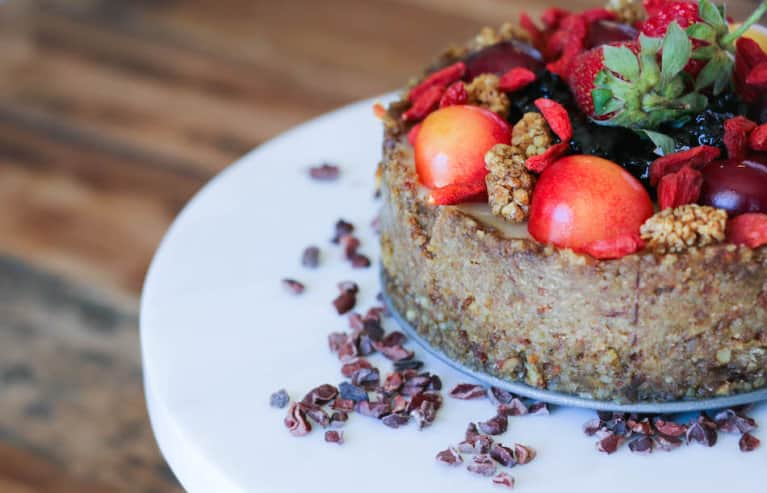 This Vegan Superfood Berry Cheesecake Is Epic