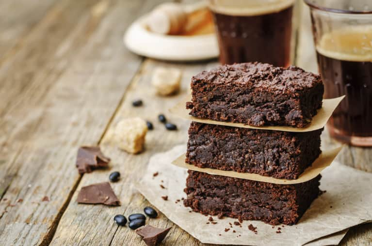 Make These Better-For-You Brownies (Just 6 Ingredients!)