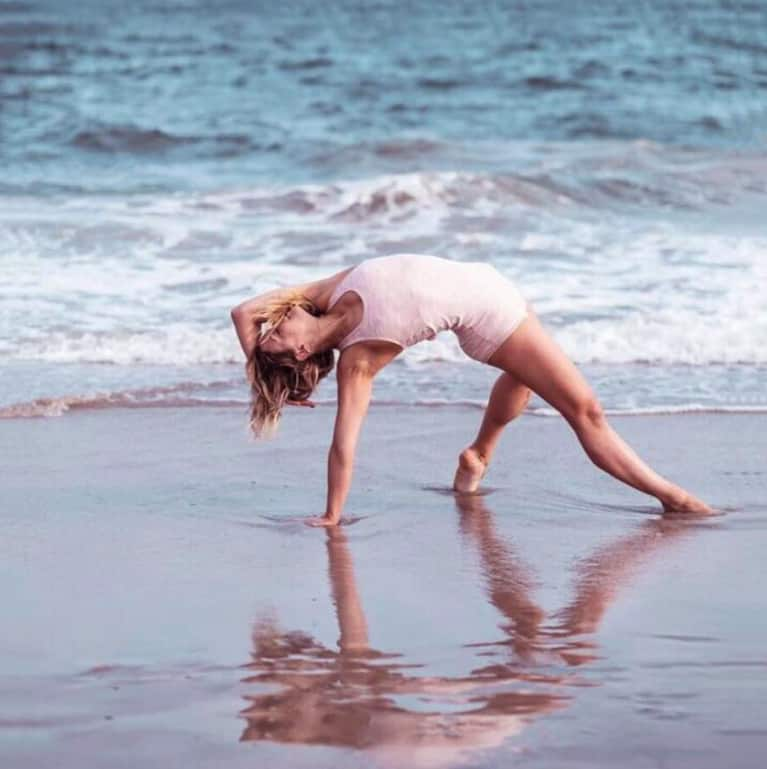 This One Yoga Pose Will Work Wonders For Your Anxiety