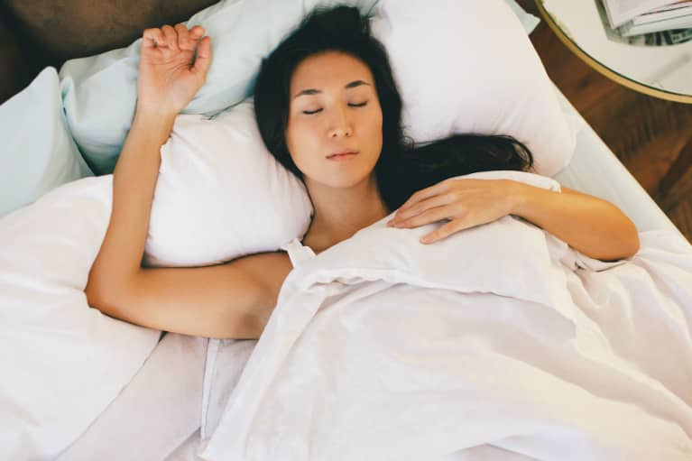 How Long Should It Actually Take To Fall Asleep? We Asked An Expert