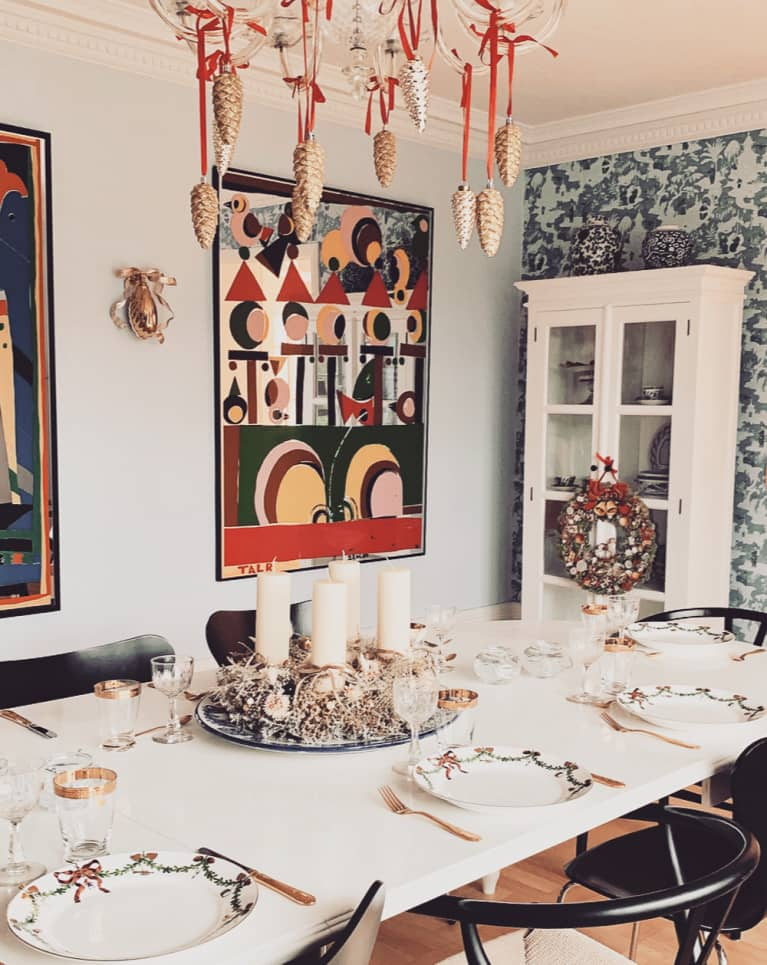 Cozy Dining Room Ready for a Holiday Dinner