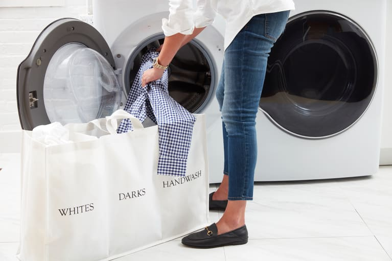 You Only Need To Know 2 Techniques To Remove Your Most Common Clothing Stains