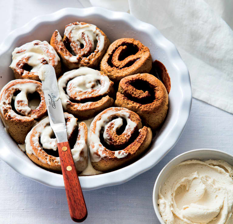 These Healthy Cinnamon Rolls (!!) Are The Perfect Christmas Breakfast