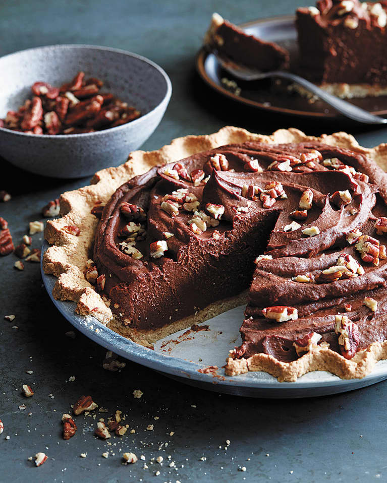 A Decadent Vegan Pie For Chocolate Lovers