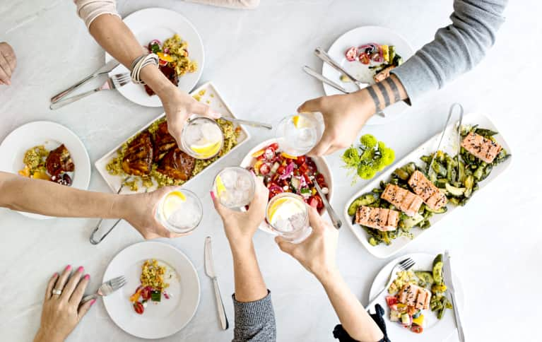 6 Tips For Going Out To Dinner While Eating Low-Carb