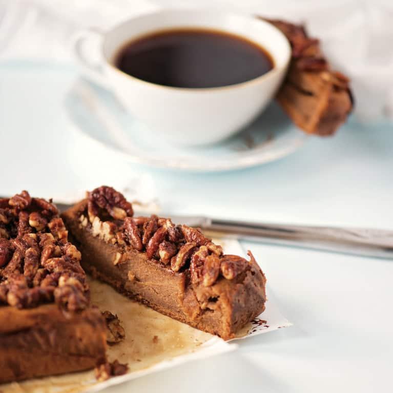 A Dreamy Cinnamon Pecan Coffee Cake (That's Also Gluten-Free & Paleo)