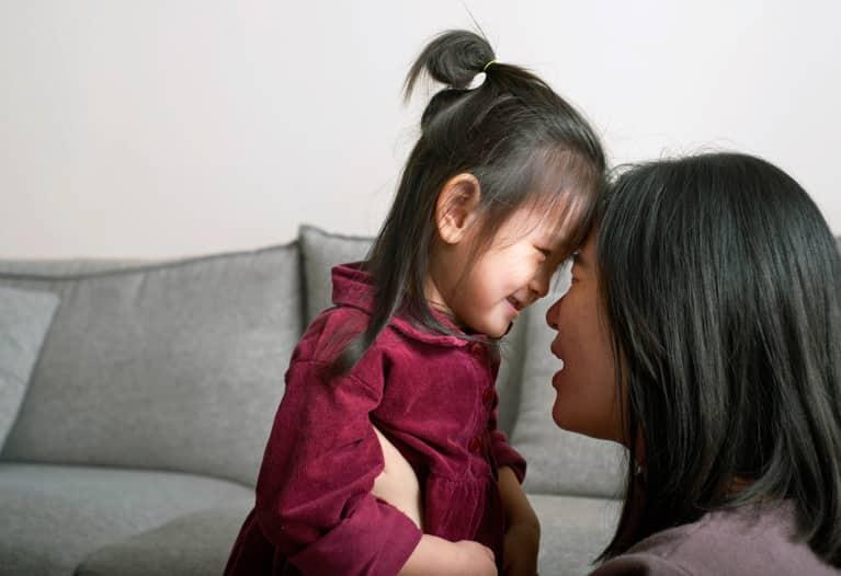 这可能是帮助孩子处理社交焦虑的关键