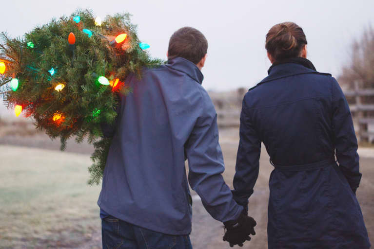9 Ways To Deal With The Holidays When You're Experiencing Infertility