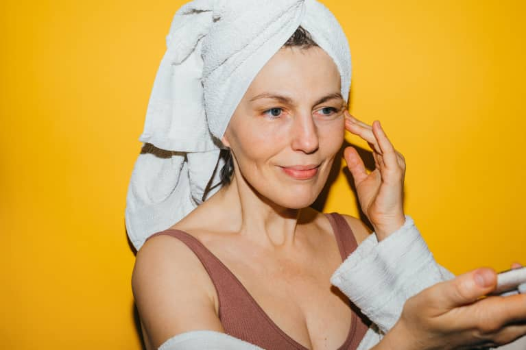 This Genius Multitasking Tip Can Help You Care For Your Skin & Your Anxiety