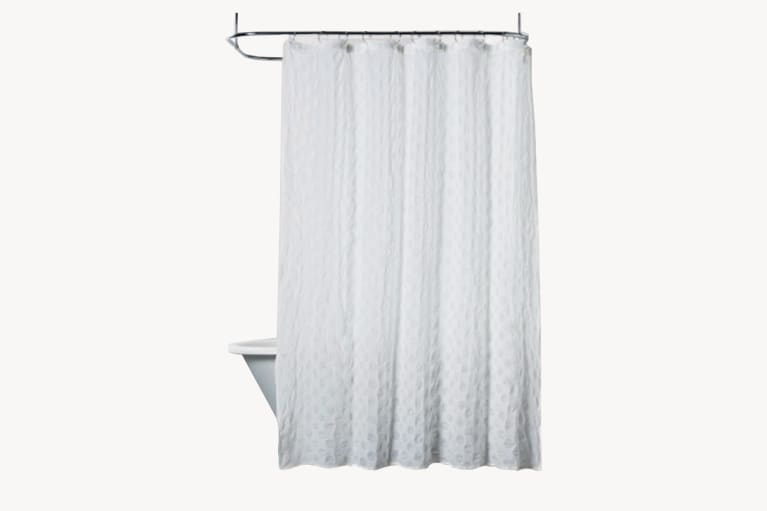 <p>Cloth shower curtain</p>