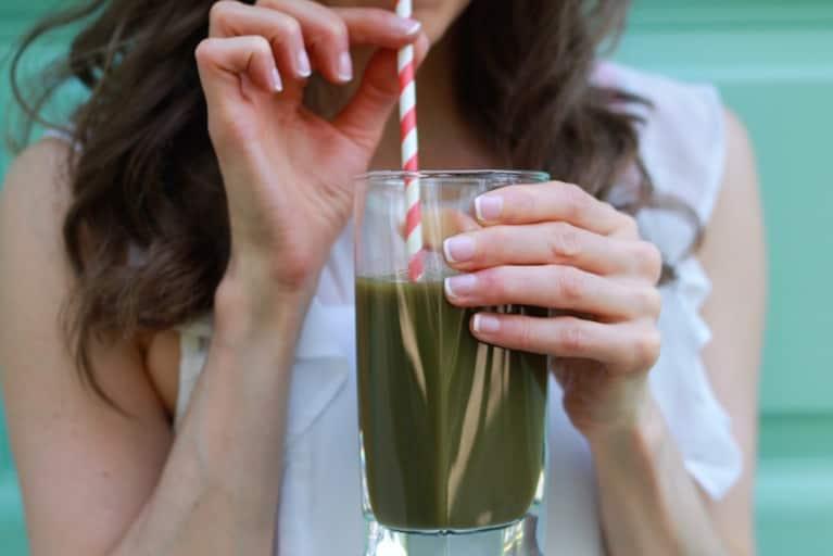3 Detoxifying Ingredients, 1 Juice Recipe (No Juicer Required!)