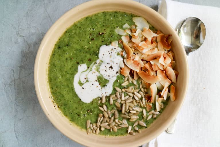 This Is The Perfect Green Detox Soup For Spring