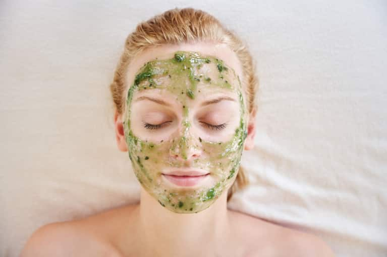 Get Your Glow On With This Hydrating DIY Lemon And Avocado Facial Mask