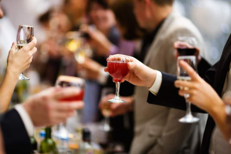 How To Effortlessly Drink Less At Holiday Parties
