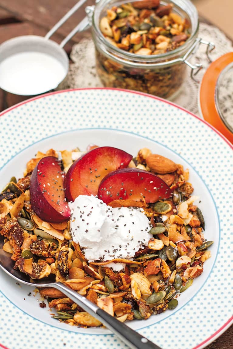 A Grain-Free Granola Recipe You'll Want To Eat All Week