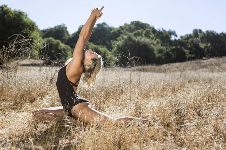 A 10-Minute Yoga Flow To Strengthen Your Whole Body