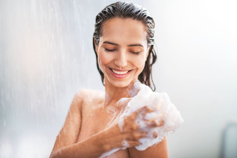 If Your Sensitive Skin Feels Tight & Dry After The Shower, You May Need This