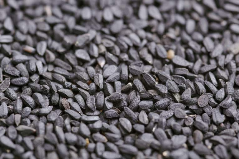 What Is Black Cumin Seed Oil & Why Is It Getting So Much Hype