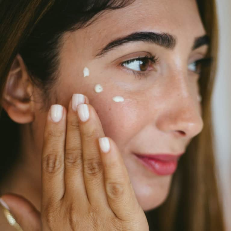 This Nightly Ritual Helps Keep Skin Glowing And Hydrated All Winter Long