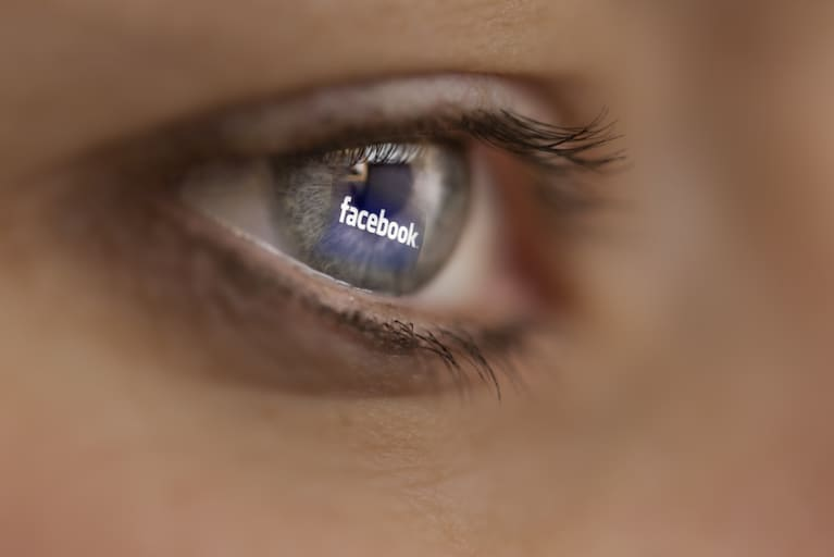 "Facebook Is Developing Technology To Help The Blind ""See"" Photos"