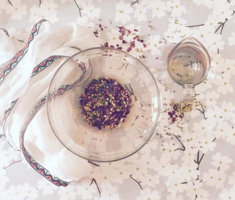 Facial Steaming: The All-Natural Ritual That Will Renew Your Skin