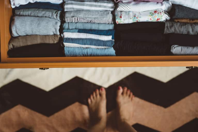 A Feng Shui Expert's Recipe For Painless Decluttering