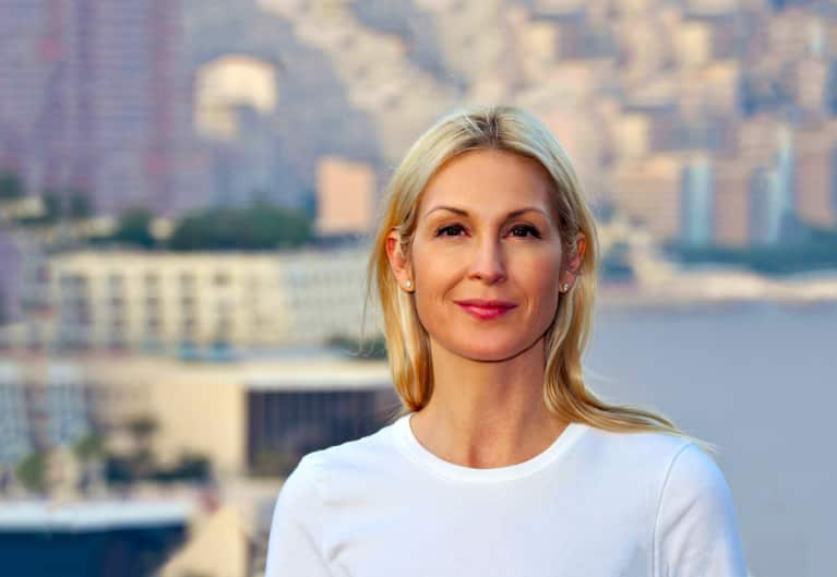 Your 5-Step Guide To Dealing With A Super-Stressful Newsfeed