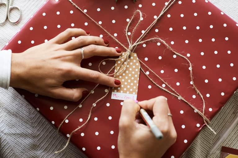 5种节假日购物策略-这样你就可以避免一月钱宿醉