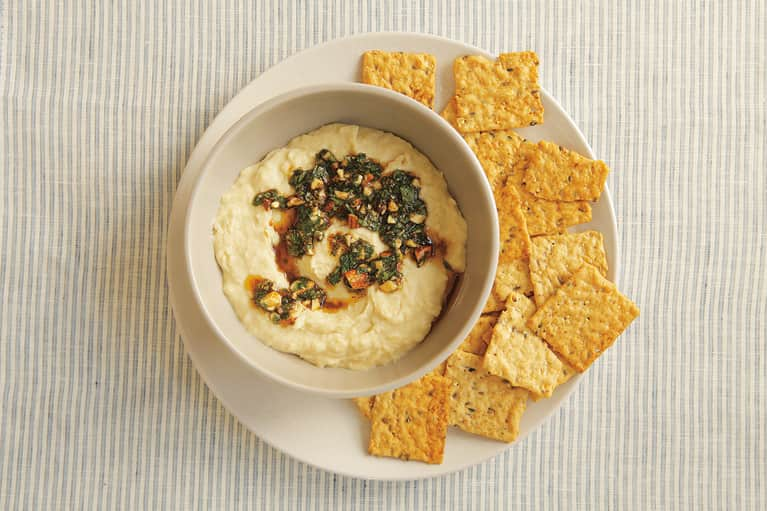 The Ultimate Homemade Hummus For Snacking & Entertaining