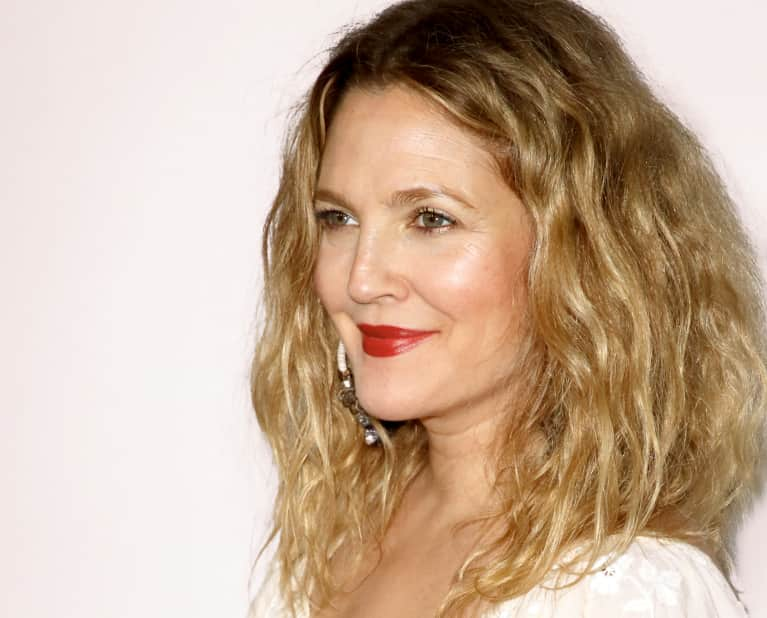 The Tried-And-True Green Beauty Mask Drew Barrymore & Cameron Diaz Can't Get Enough Of