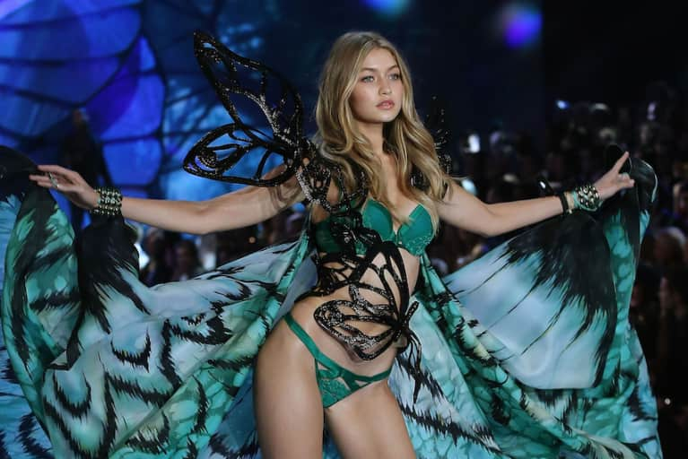 Why I Torture Myself Every Year By Watching The Victoria's Secret Fashion Show