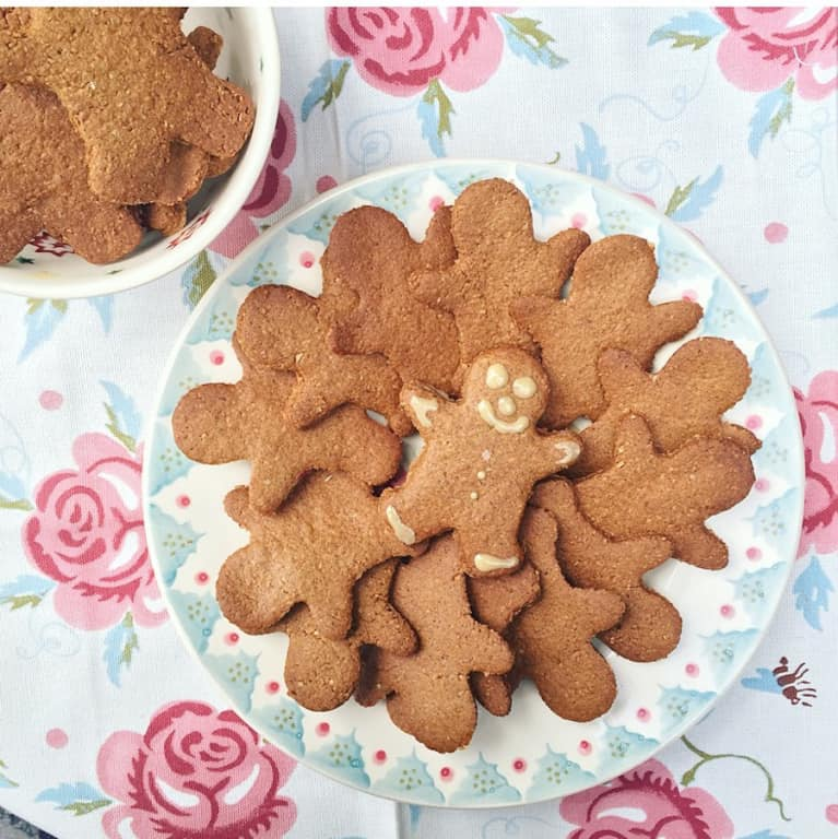 Holiday Recipe Makeover: Gingerbread Cookies (Vegan + Gluten-Free)