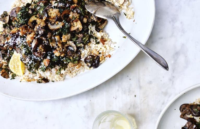 This Easy, Dreamy Mushroom Dish Is An Ideal Mediterranean Dinner