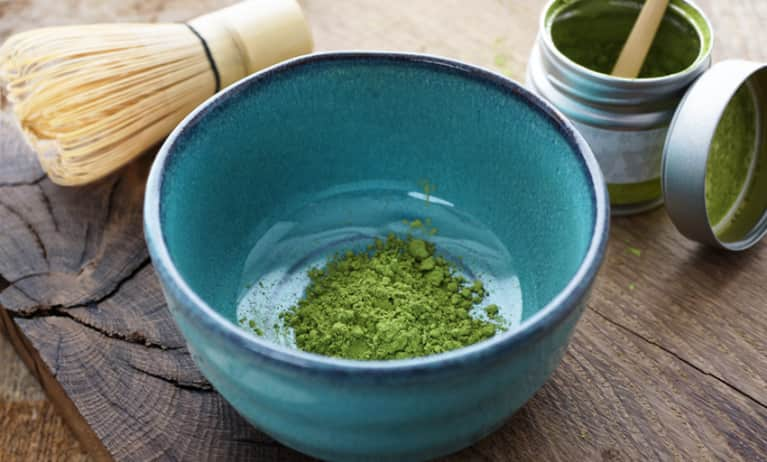 4 Green Powders To Add To Your Diet Right Now