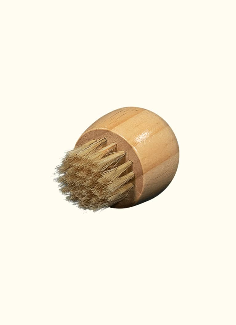 Earth Shift Cedar Complexion Brush