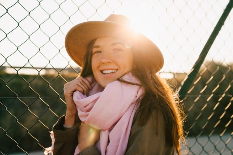 Research Finds A New Link Between Sun Exposure & Gut Health