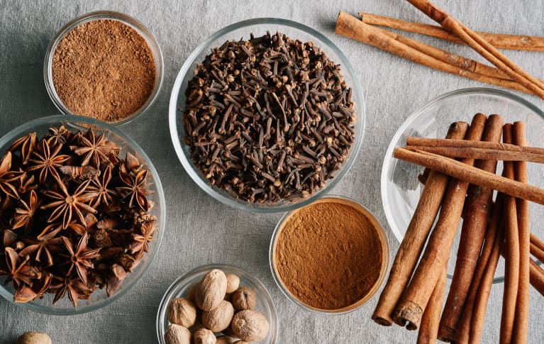 The Antioxidant-Packed Spice That'll Level Up Your Fall Health Routine