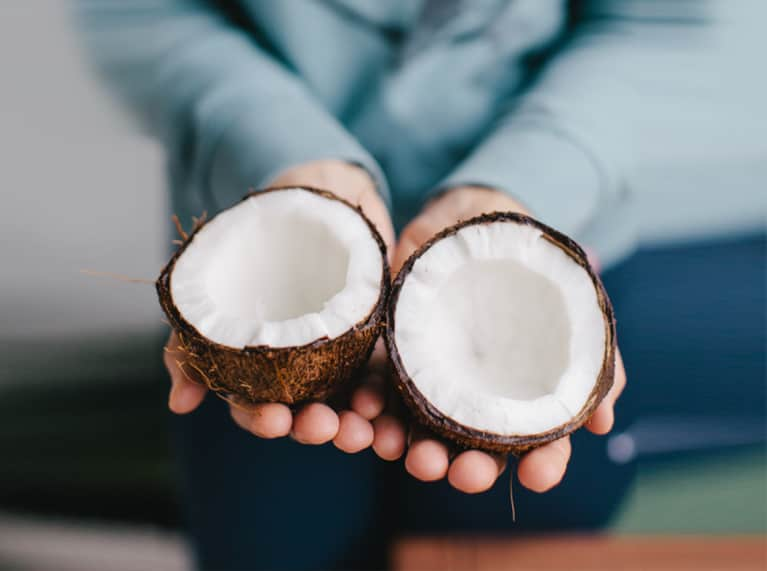 How Much Coconut Oil Should You Actually Be Eating?