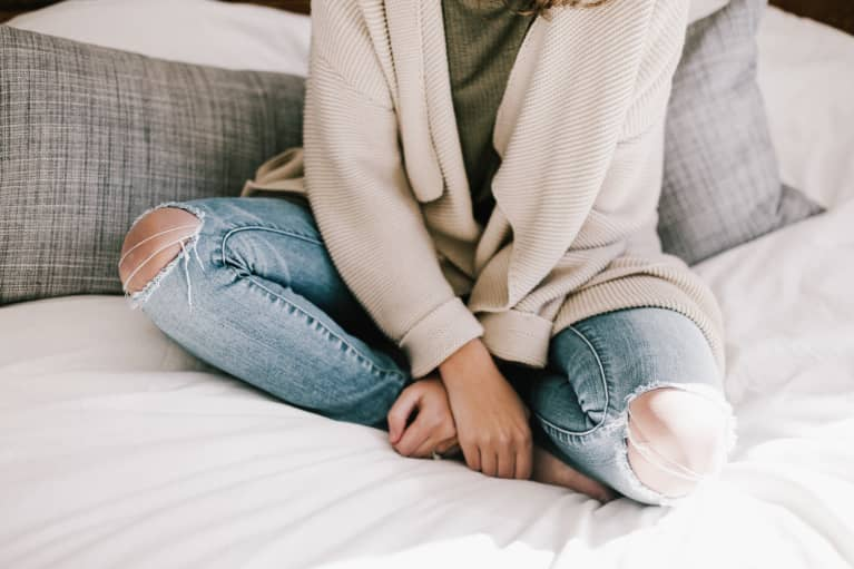I Lived With Excruciating Endometriosis For Years & Now I'm Pain Free