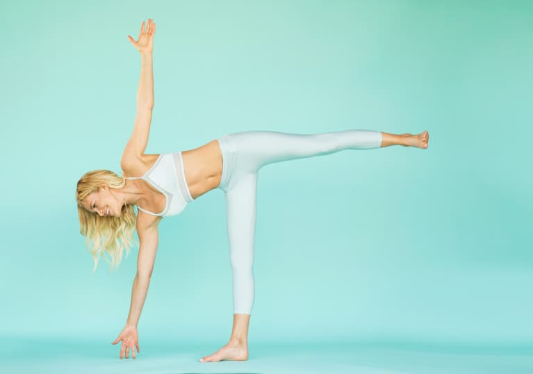 A 10-Minute Yoga Flow To Renew Your Focus & Balance