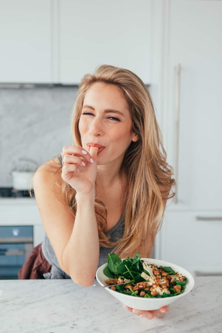 You'll Want To Steal This Gut Expert's Digestion-Friendly Morning Routine