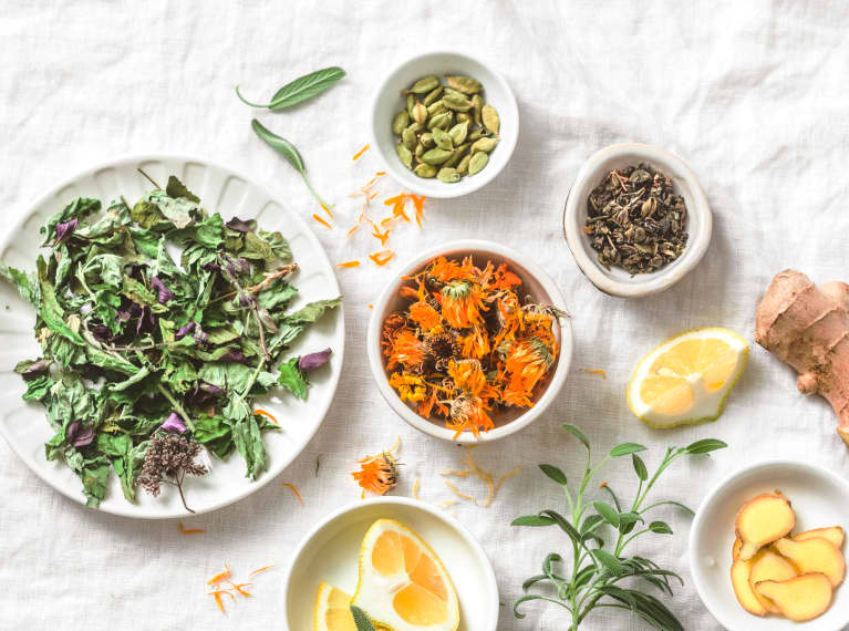These Might Be The Most Inexpensive Inflammation- & Bloat-Fighting Superfoods Around