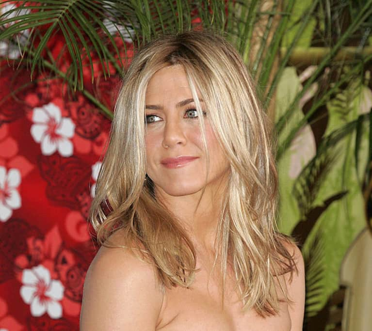 Jennifer Aniston Shuts Down Pregnancy Rumors & Blasts Body-Shaming Tabloids