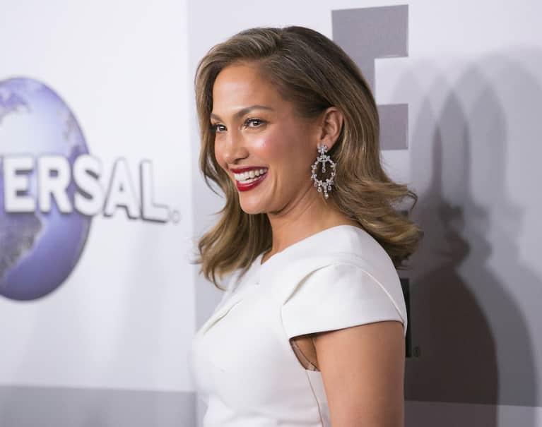 Jennifer Lopez's Unprocessed Diet Is Seriously Impressive